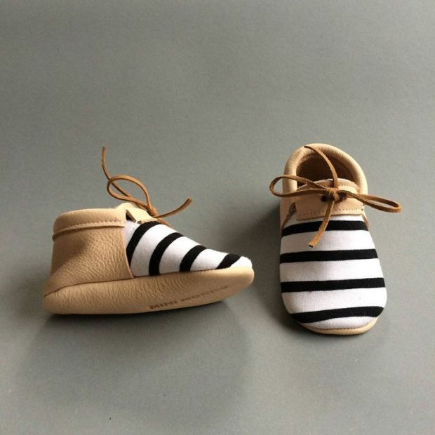 mini-mocks-the-fifth-watches-minimal-meets-classic-design-www-thefifthwatches-com-baby-boy-shoe-baby-moc-kids-fashion-baby-clothes-baby-girl-baby-shoes-girl-shoes-baby-kid-shoe