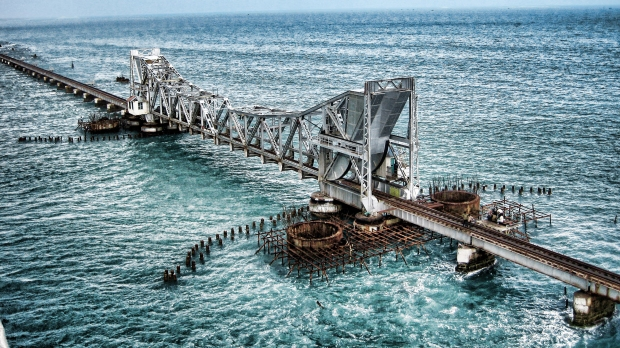 Pamban_Rail_Bridge_Rameshwaram.jpg
